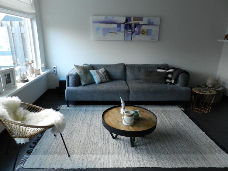 van de begane grond tot de zolder is de woning in vier maanden compleet verbouwd met als resultaat een moderne afgewerkte en lichte woning